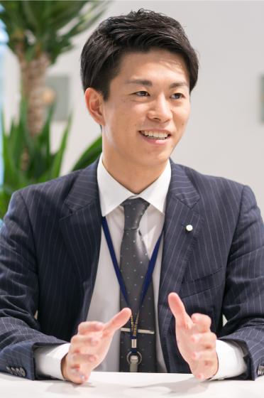 田頭 賢人